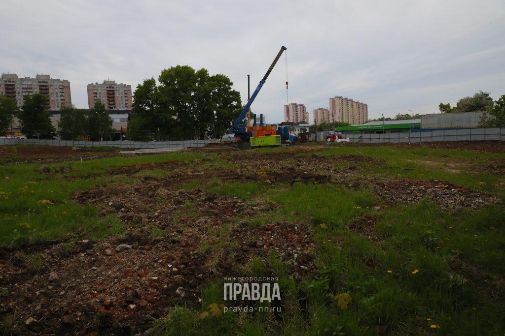 Жители домов на улице Родионова выступают против строительства жилого комплекса на склоне