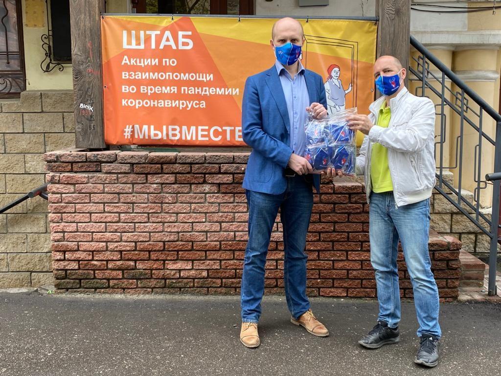 Нижегородские спортивные клубы изготовили ипередали волонтерам защитные маски