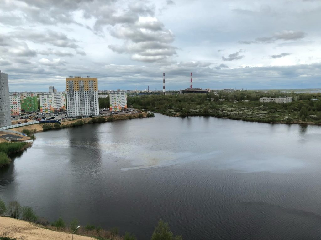 Министерство экологии Нижегородской области разыскивает виновного в выбросе мазута в озеро около ЖК «Бурнаковский»