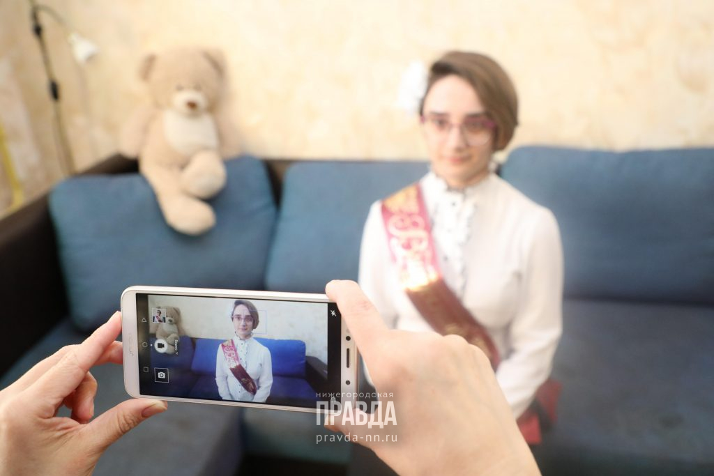 Давид Мелик-Гусейнов и Ольга Петрова проведут большое родительское собрание в прямом эфире