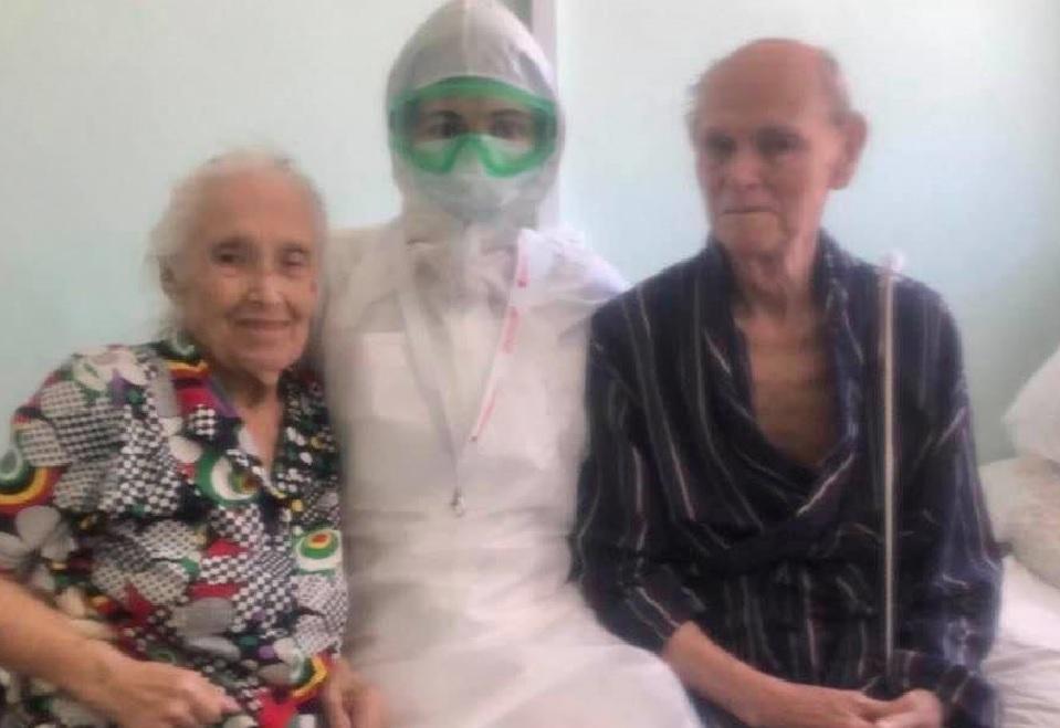 Пожилая супружеская пара вылечилась от коронавируса в Нижнем Новгороде