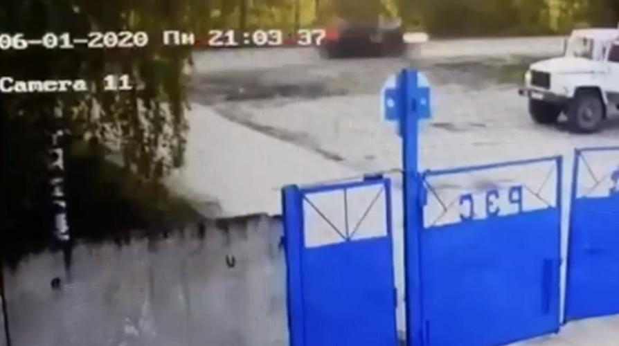 Пьяный полицейский насмерть сбил женщину в Краснобаковском районе (ВИДЕО)