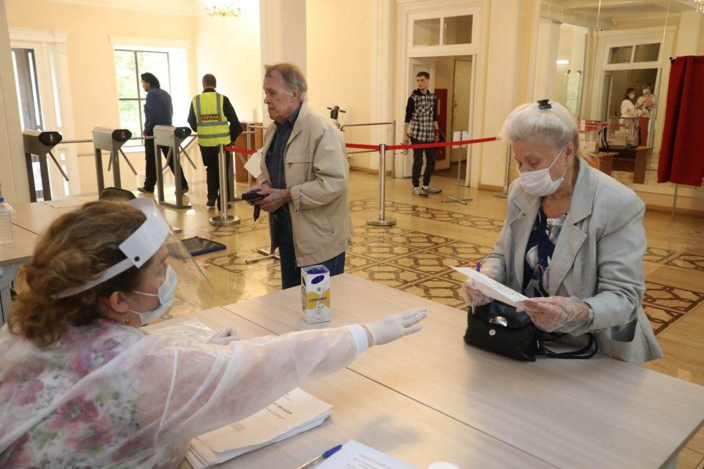 Более миллиона нижегородцев приняли участие в голосовании по поправкам в Конституцию РФ