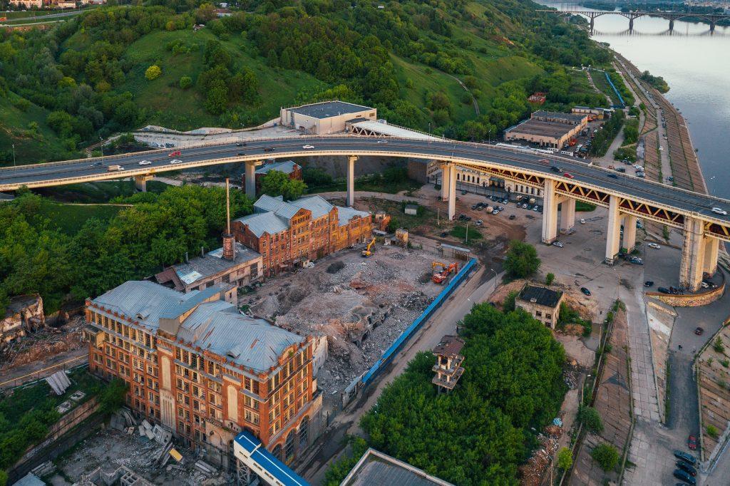 «Элеватор всё»: на улице Черниговская завершили снос здания мукомольного завода