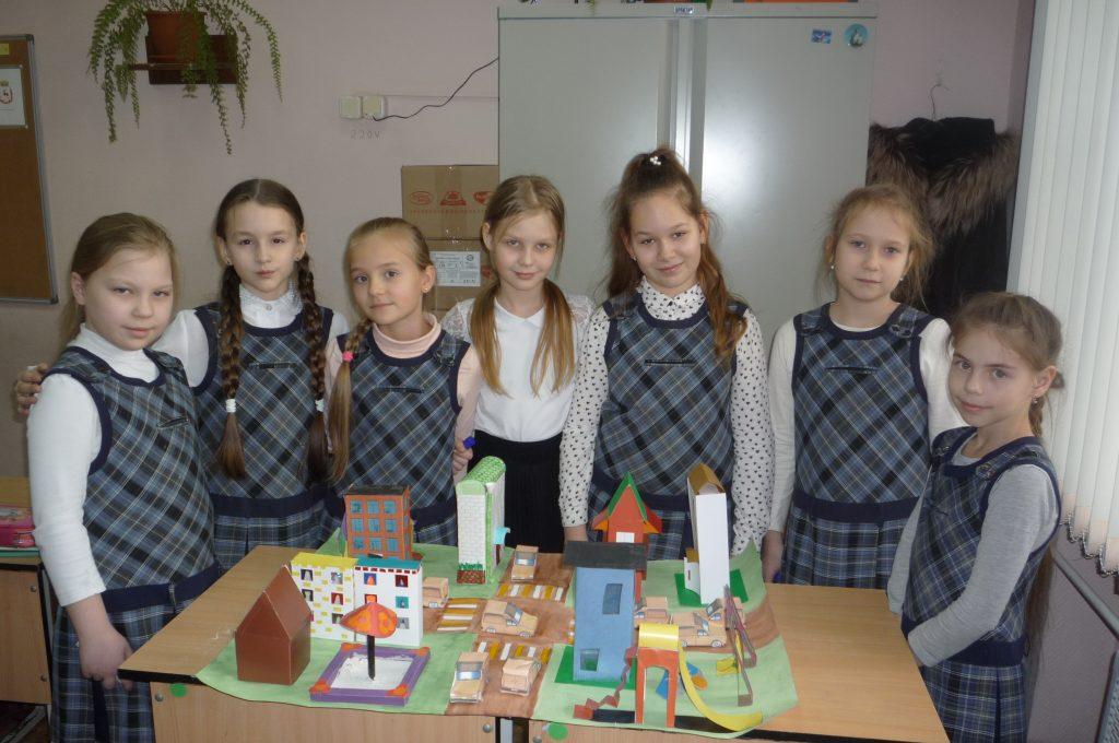Нижегородские школьники создали игры и поделки о дорожном движении