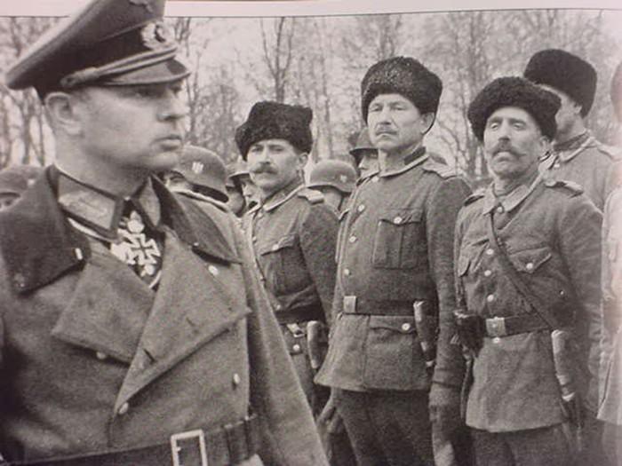 Казаки со свастикой: как Советская власть проявила к изменникам Родины настоящий гуманизм