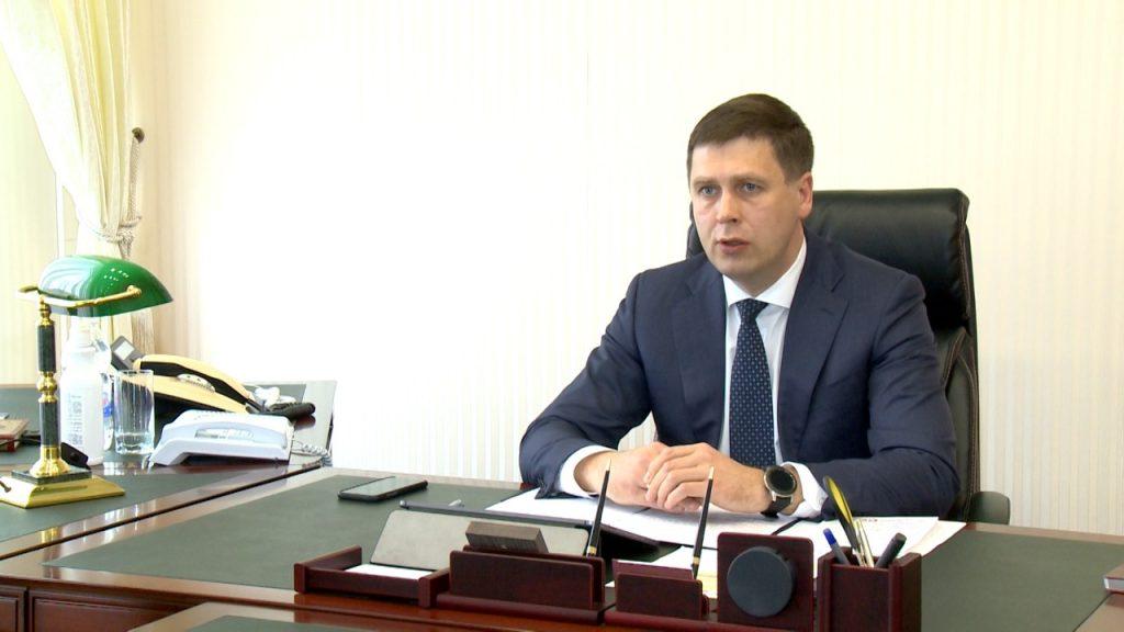 Андрей Гнеушев: «Ослабление режима повышенной готовности не означает снижения контроля за нормами безопасности»