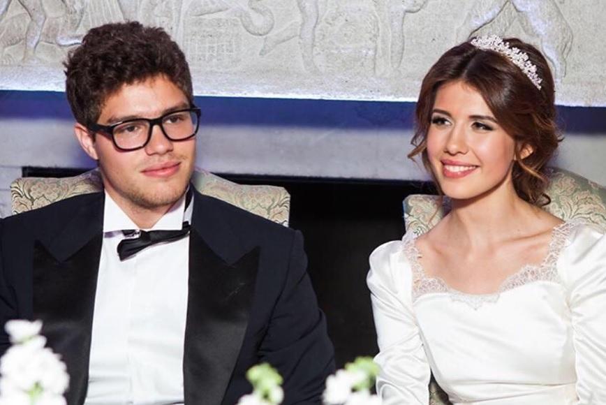 Екатерина Одинцова поздравила сына с «бумажной свадьбой»