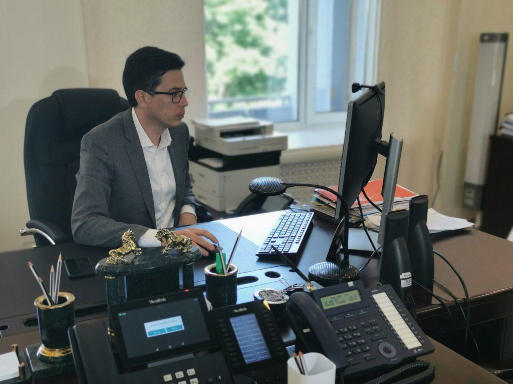 Юрий Шалабаев проголосовал по вопросу внесения поправок в Конституцию РФ