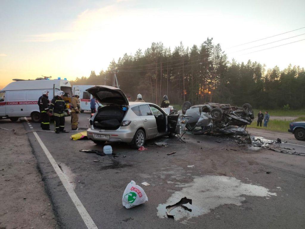 Страшная авария под Балахной унесла жизни трёх взрослых и одного ребёнка