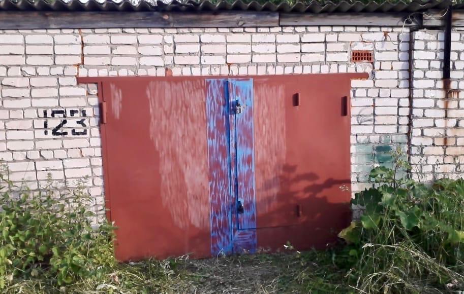 Тело женщины обнаружили в подвале гаража в городе Перевоз