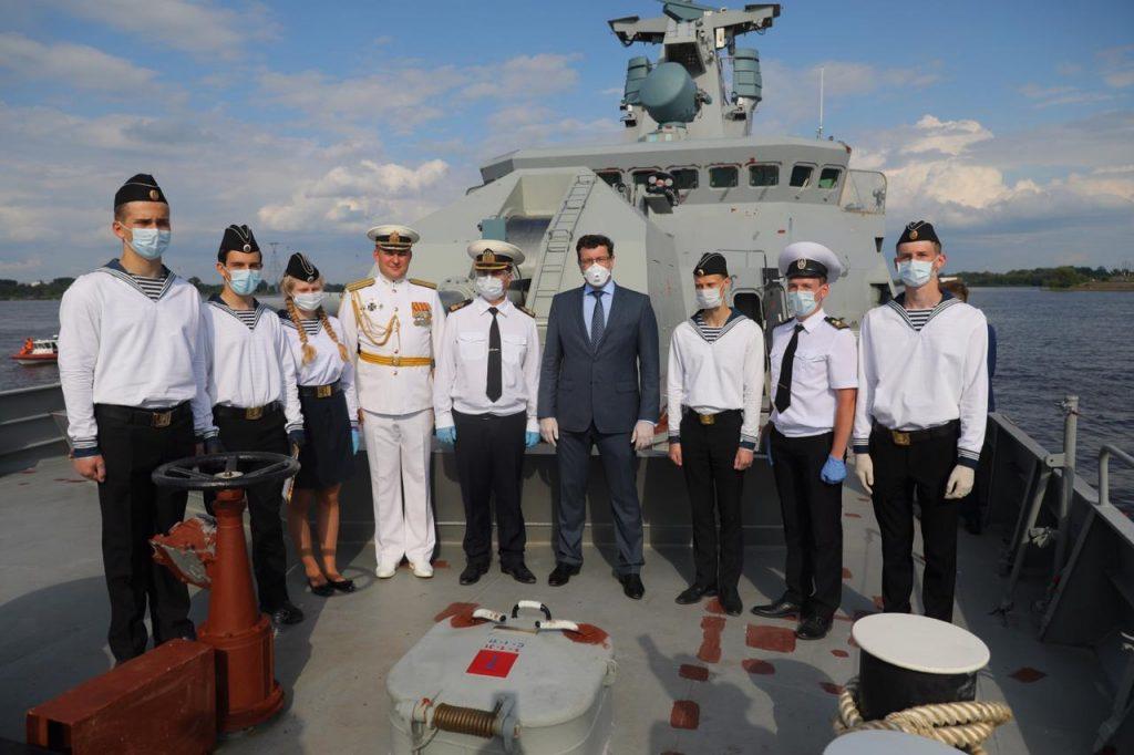 Глеб Никитин приветствовал экипаж ракетного корабля «Великий Устюг»