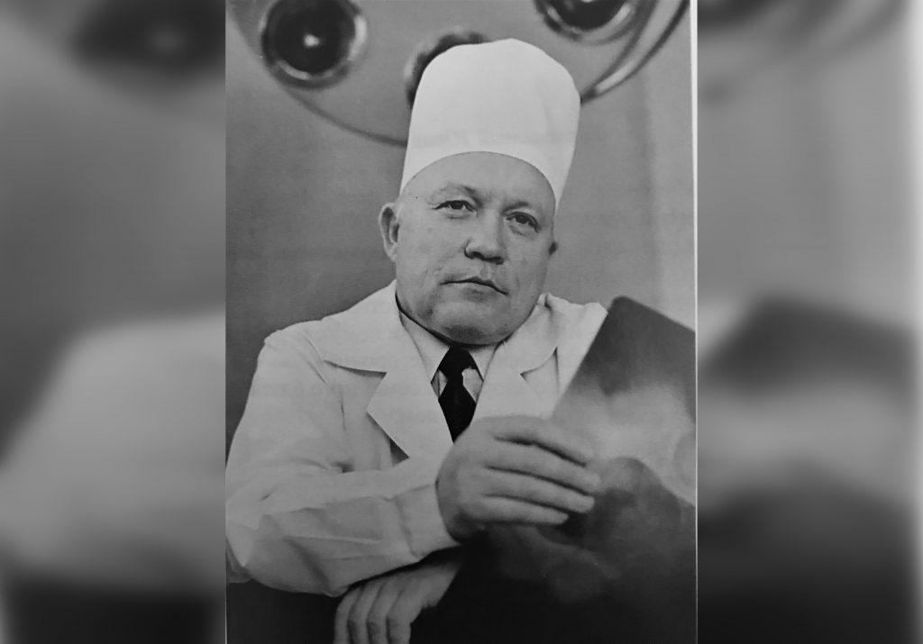 «Творец здоровья»: коллеги и пациенты вспоминают знаменитого нижегородского врача Юрия Ежова