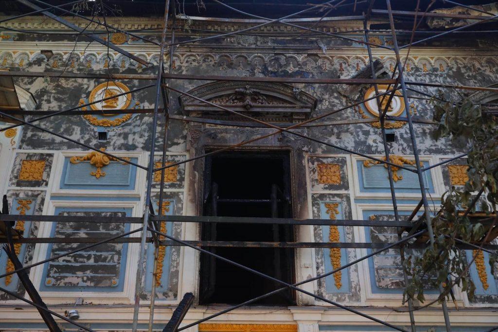 Литературный музей им. Горького начали ремонтировать после пожара