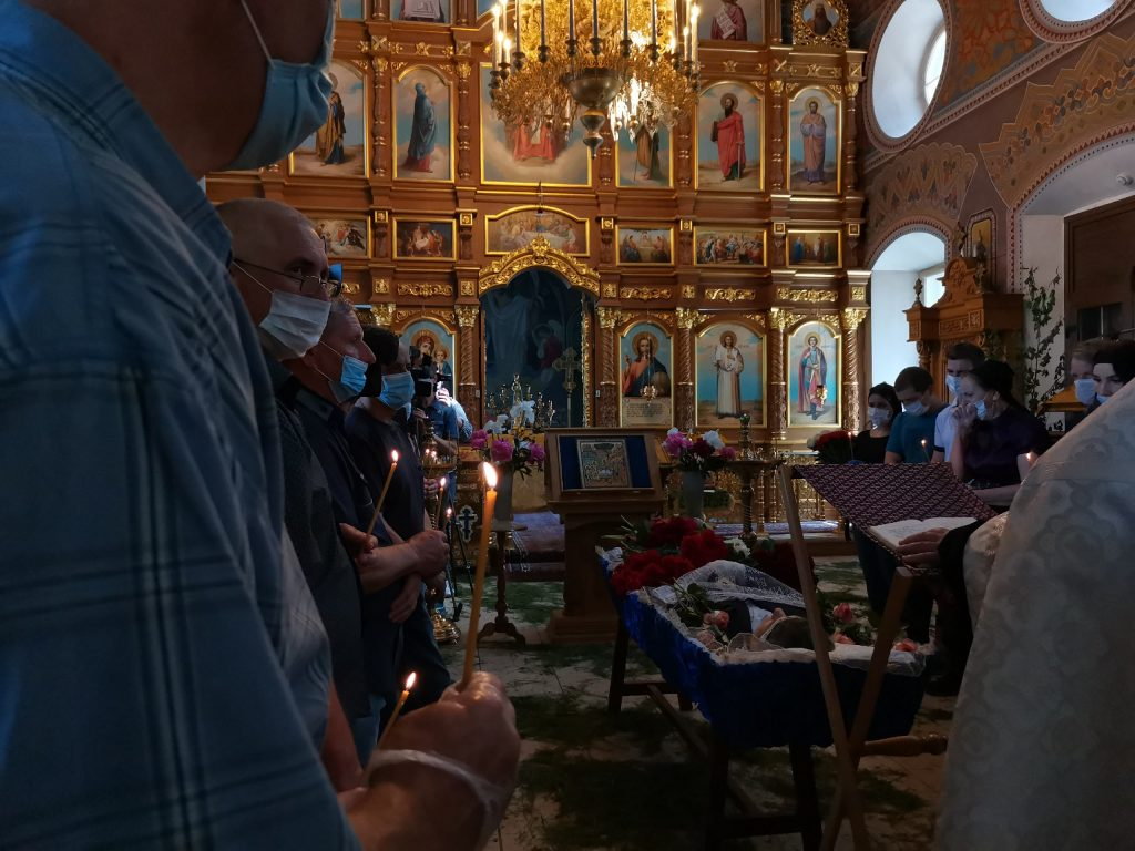 Родственники Михаила Ефремова не приехали на похороны мужчины, который погиб в ДТП с актёром