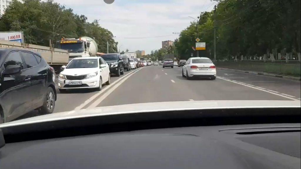 Пробки сковали въезд и выезд из Нижнего Новгорода в Щербинках