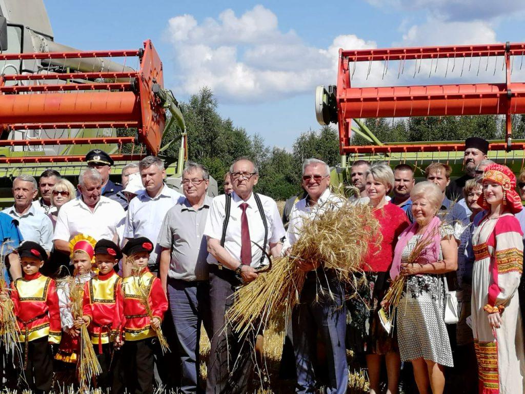 Церемония жатвы первого снопа прошла вНижегородской области