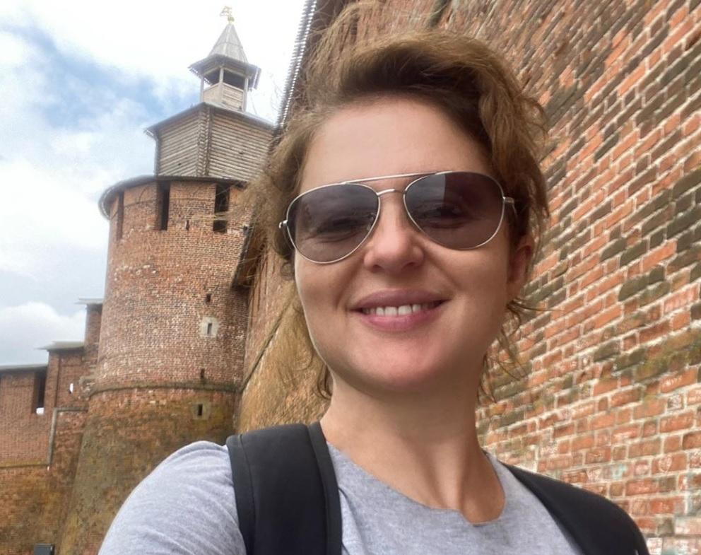 «Ищейка» Анна Банщикова с детьми прогулялась по Нижегородскому кремлю