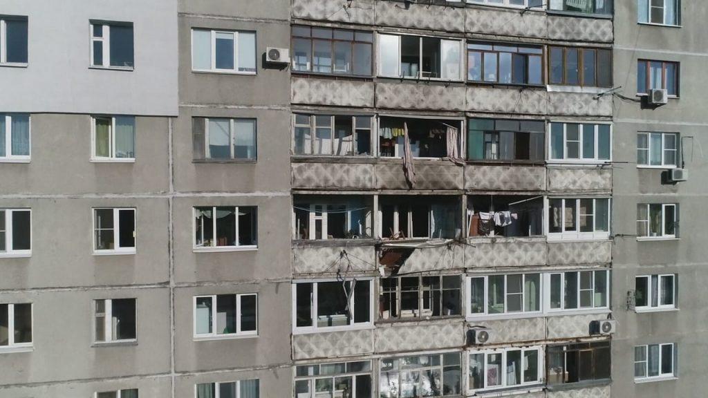 Опубликованы фото и видео с места взрыва в многоэтажке на Автозаводе