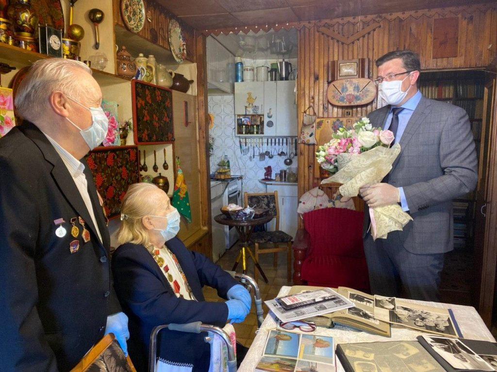 Глеб Никитин поздравил нижегородскую семью Подаровых сбриллиантовой свадьбой