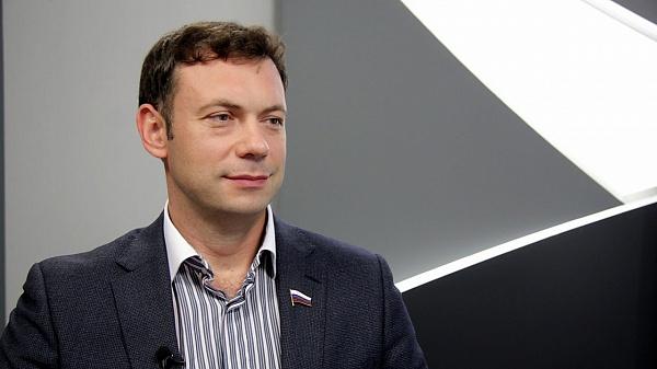 Михаил Кузнецов: «Живые цепи» у парка «Швейцария» — это не что иное, как политический заказ»