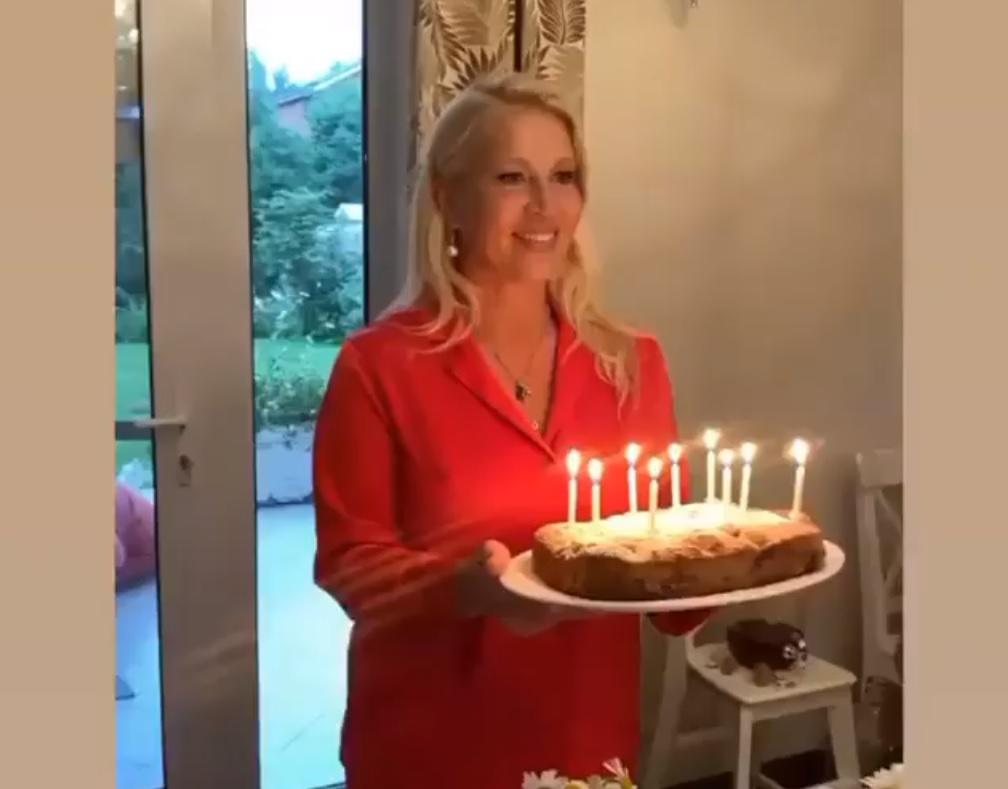 Екатерина Одинцова показала, как отметила «дачный» день рождения