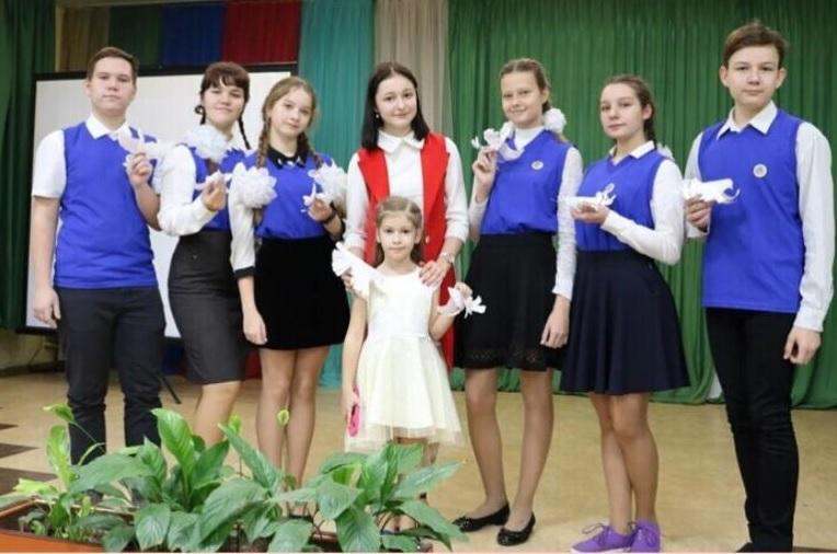 «Добро не уходит на каникулы»: 660 тысяч «грантовых» рублей получили школы на Автозаводе