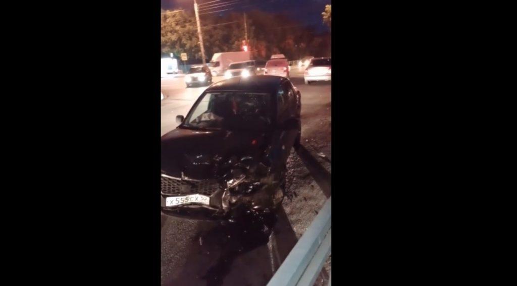 Пожилая нижегородка пострадала в ДТП с такси на Автозаводе (ВИДЕО)