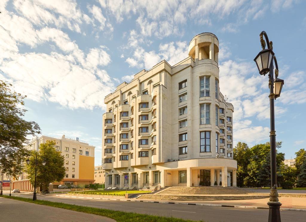 Гостиницу «Октябрьская» продают за 500 млн рублей