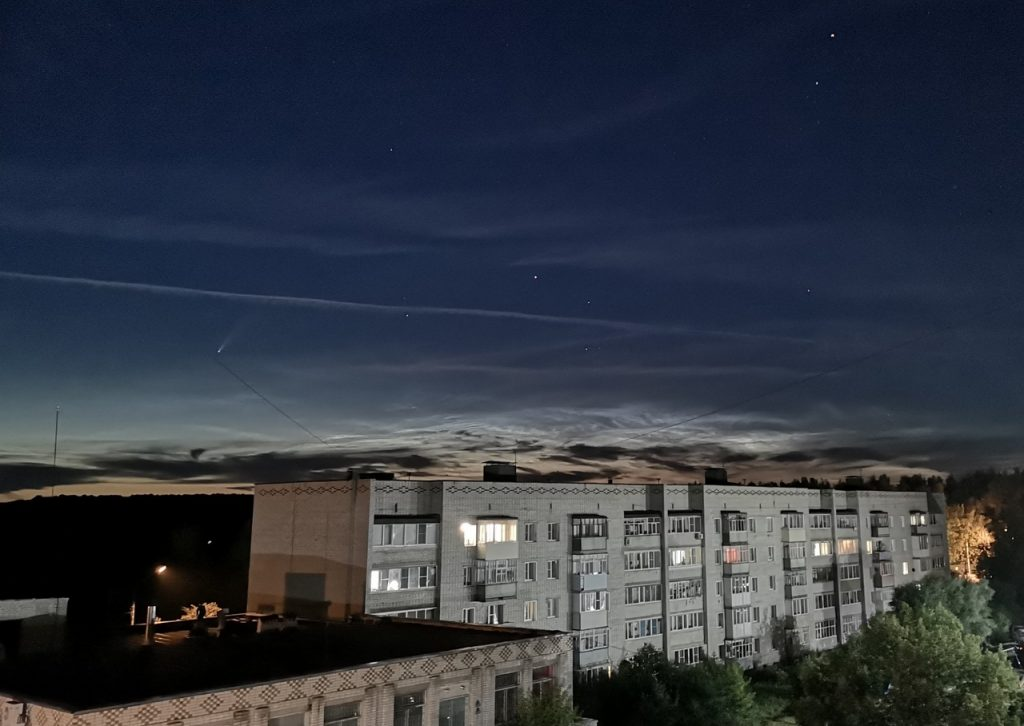 Нижегородцы наблюдают за новой кометой