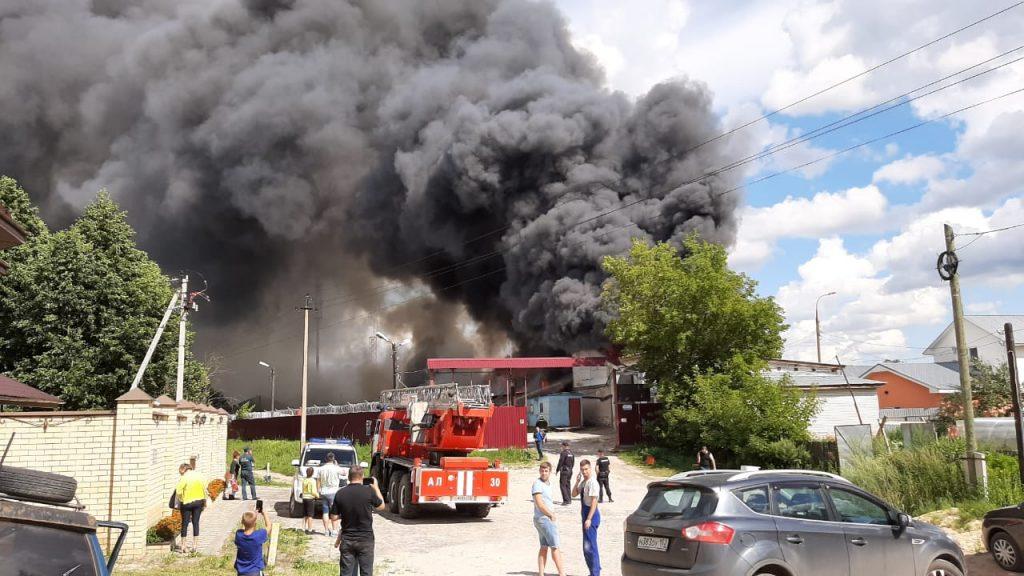 Стали известны новые подробности о пожаре на складе под Дзержинском