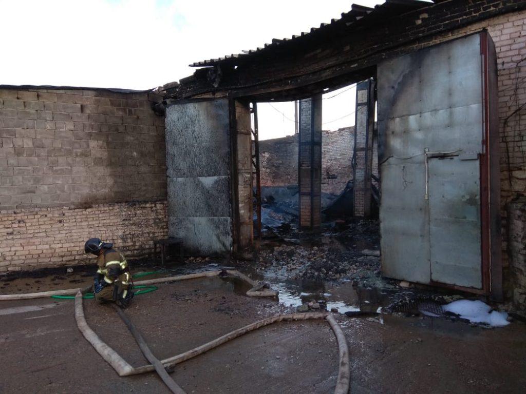 Крупный пожар на складе под Дзержинском ликвидирован