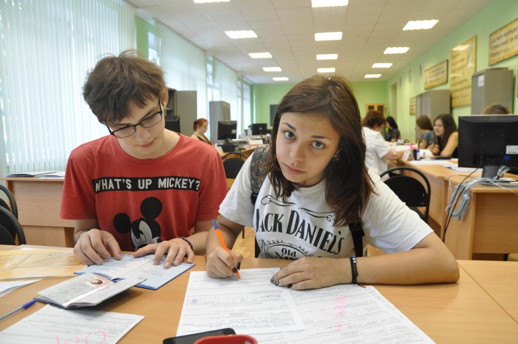 Нижегородские абитуриенты смогут принести оригиналы документов в университет в течение учебного года