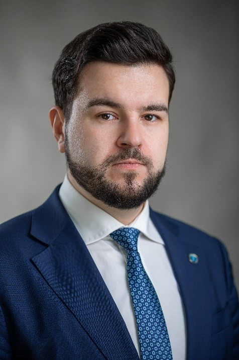 Иван Разуваев