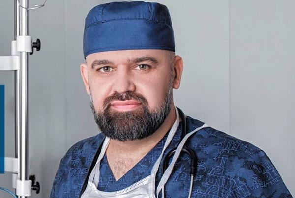 «Все дело в особенных интонациях»: главврач Коммунарки рассказал, как отличить коронавирусный кашель от обычного