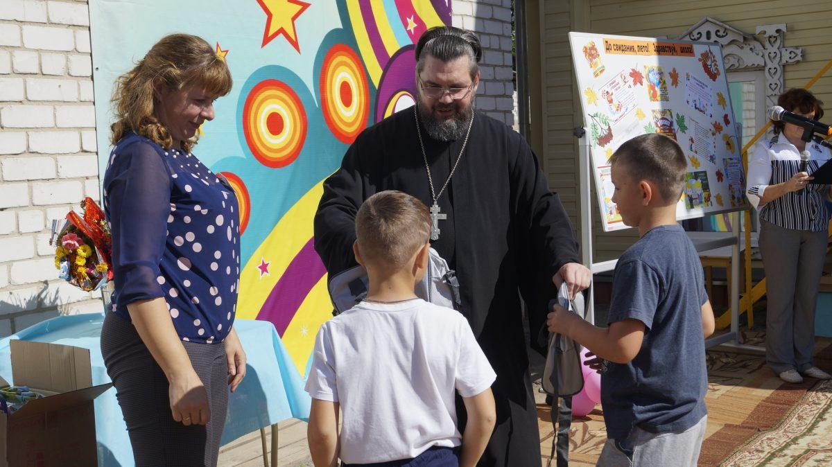 Нижегородцы помогли 3 тысячам семей с первоклассниками в рамках проекта «Скоро в школу»