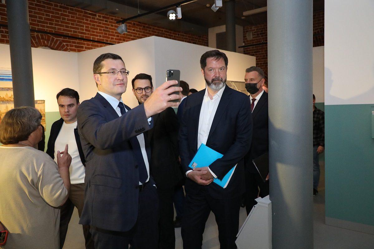 Глеб Никитин иМаксим Ксензов посетили экспозицию премии «Инновация-2020»