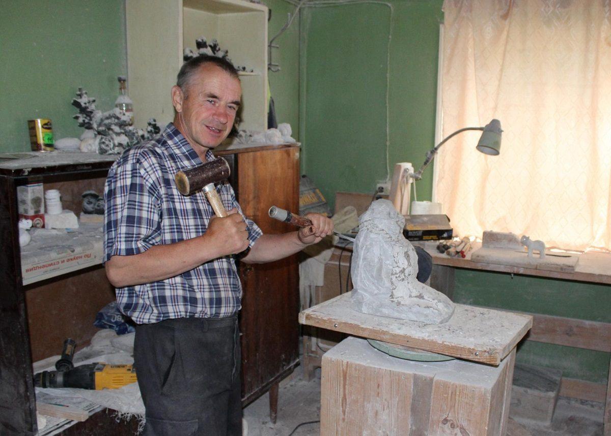 Иван Евстифеев: «Душа камня, которая остаётся в скульптурах, помогает людям»