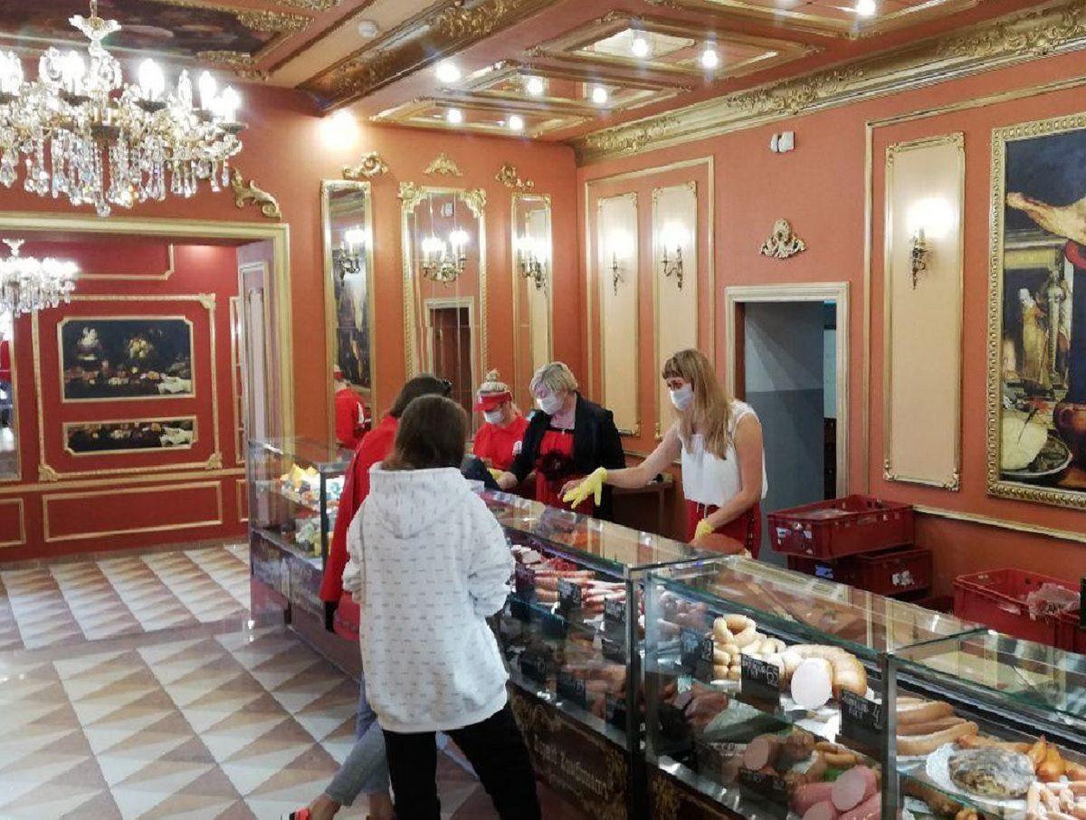 Колбаса вернулась в самый красивый магазин Нижнего Новгорода