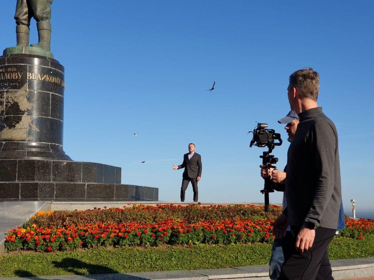Леонид Парфенов снимает фильм в Нижнем Новгороде