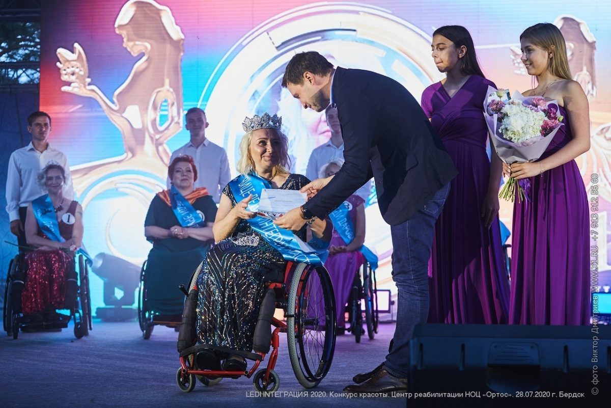 Настоящая леди: нижегородку-колясочницу признали одной из самых красивых в стране