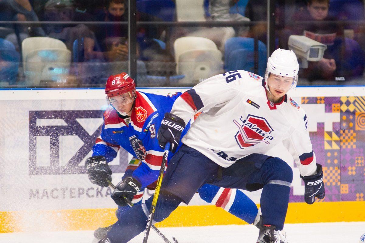 Хоккеисты «Чайки» с победы стартовали на турнире в Туле