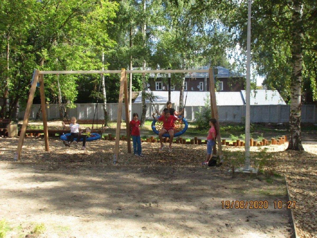 Детская площадка, батуты икачели появились вгородском парке вКулебаках