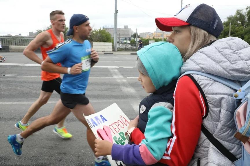 Любовь к бегу оставила жителя Дзержинска без денег