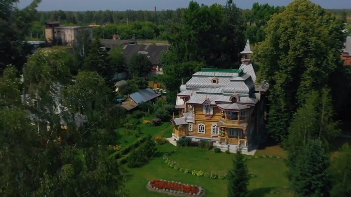 Гид запустил исторический проект о нижегородских усадьбах и показал дом Бугрова в Володарске