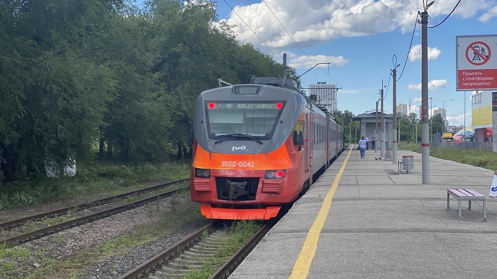Городские электрички начали курсировать между станциями Починки иВаря
