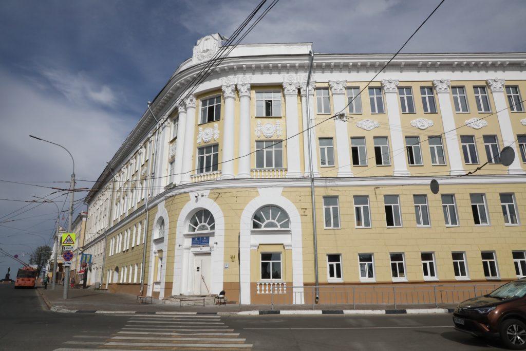 Выплаты учителям, лицензии и открытие гимназии: как изменилась нижегородская сфера образования за прошедшую неделю