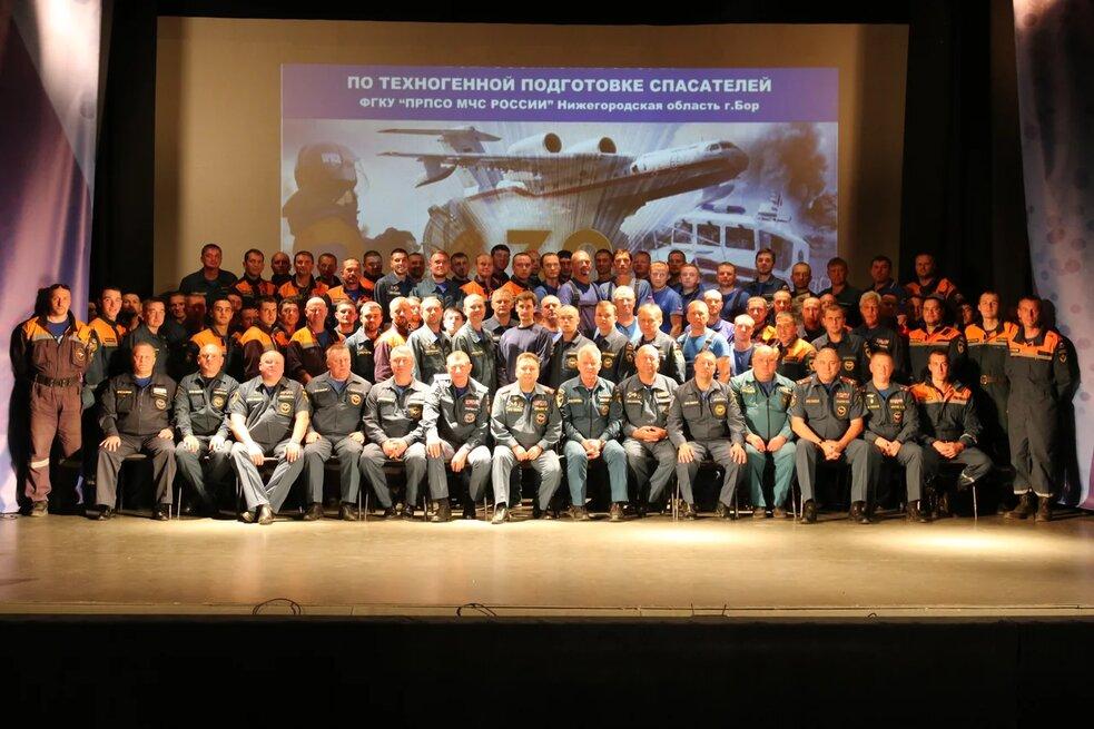 200 спасателей из разных регионов станы прибыли на Всероссийские сборы на Бору