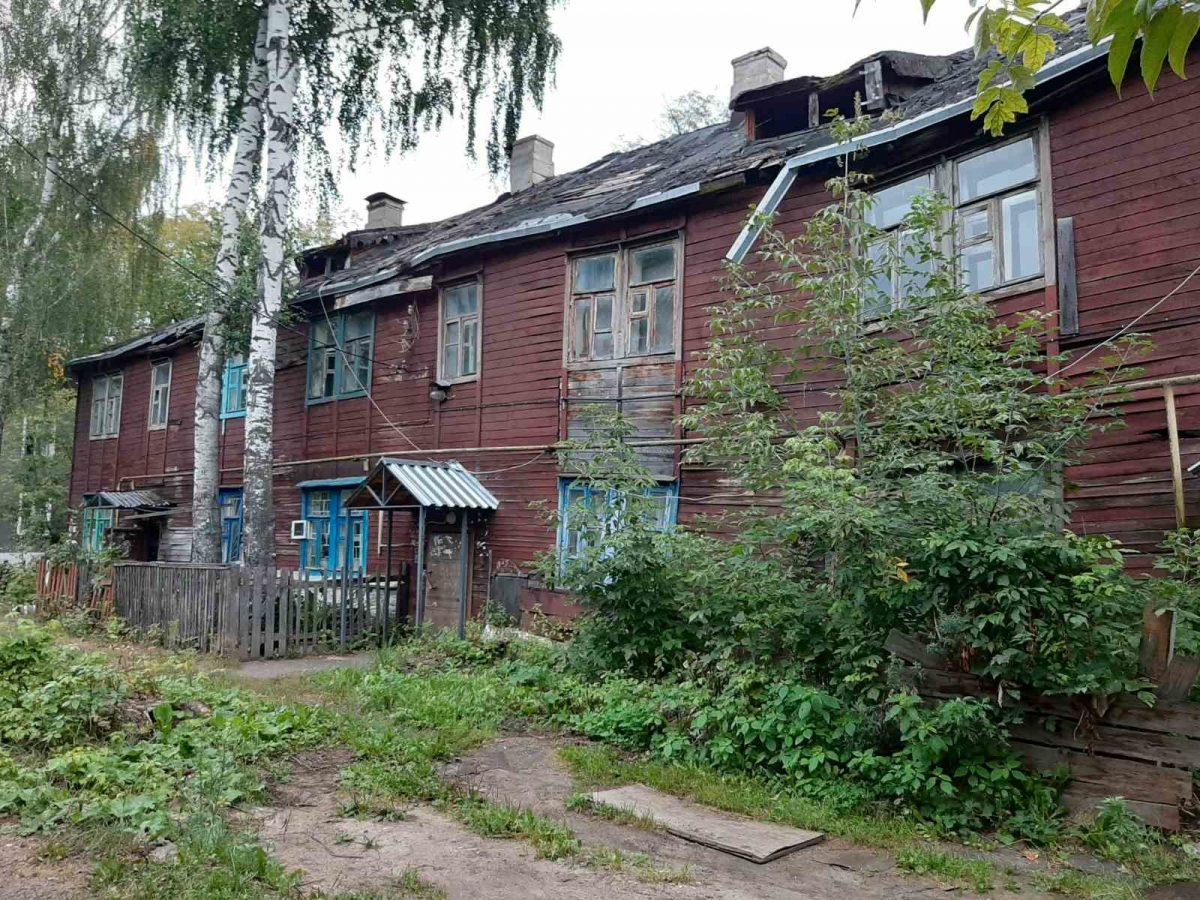 Межэтажное перекрытие обрушилось в доме Ленинского района