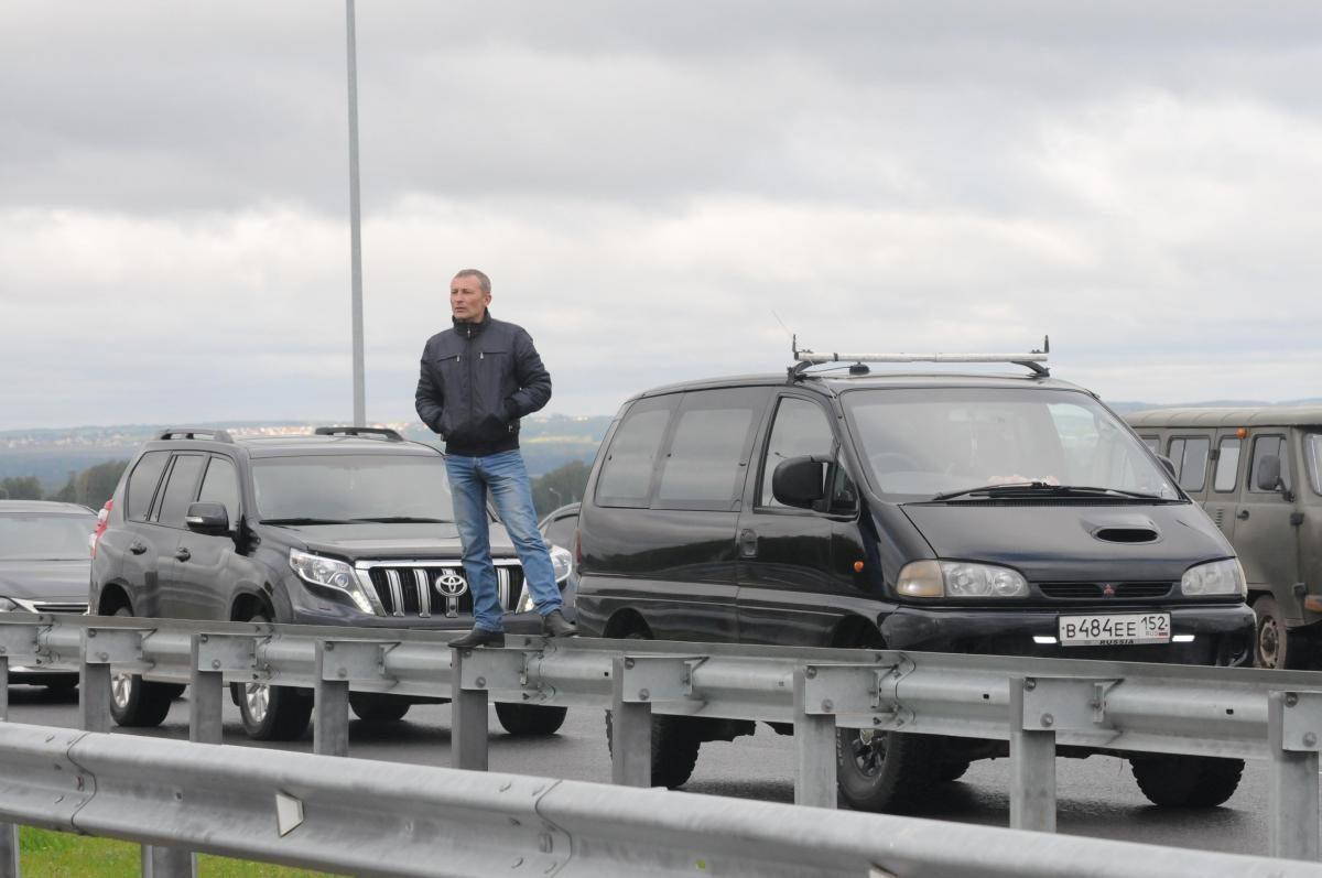 Огромная пробка образовалась на Московском шоссе